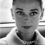 Luscious Lifer favourites - mylusciouslife.com - Audrey Hepburn in coat with pearls