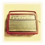 Retro radio - Vintage inspiration - mylusciouslife.com