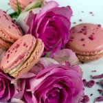 pale pink macrons and hot pink roses
