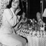 Elizabeth-Taylor-vintage-vanity-perfume dressing table