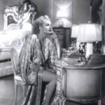 carole-lombard-at-dressing-table