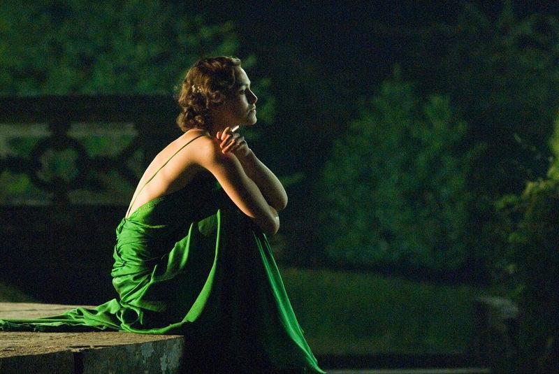 FASHION MEETS FILM: Audrey Hepburn's granddaughter Emma ...