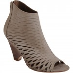 Barneys New York CO-OP Ella - Greige shoe boots