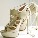 Exquisite shoes in a cream colour