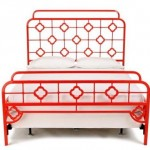 Luscious red pictures - Chinoiserie bed frame