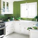 Green decor - White kitchen with green tiles