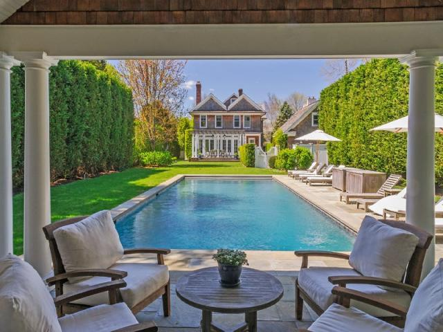 Celebrity Real Estate | Hamptons Celebrity Homes