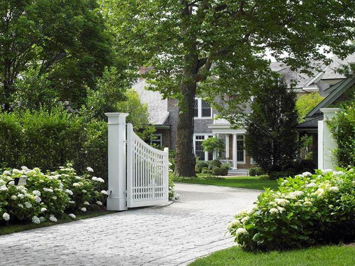 Images - house & garden - driveway entrance front gate - buildings and landscape