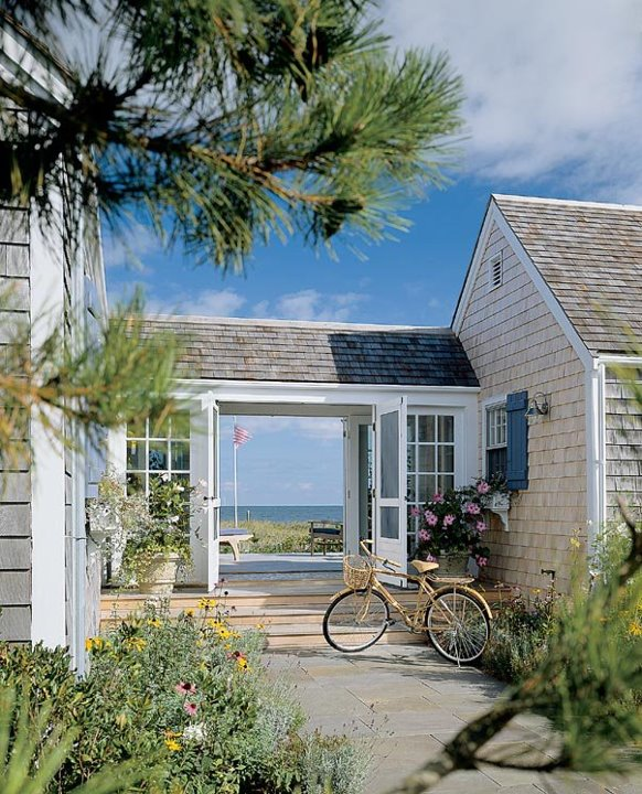 a beachy life beach house decor