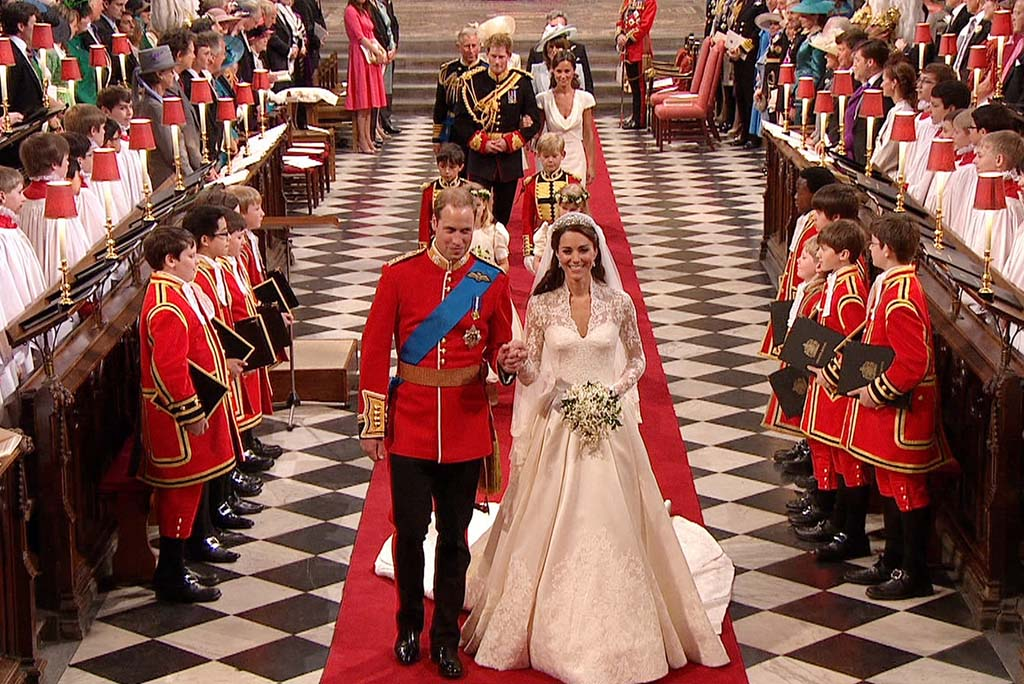 Pictures of kate middleton wedding dress via mylusciouslife.com