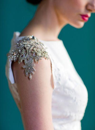 Pinterest details board - Elegant shoulder detail