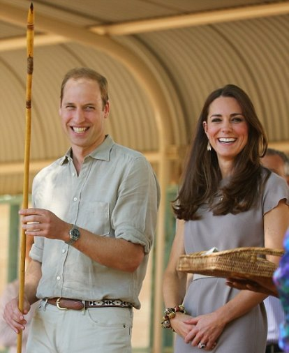The Duke and Duchess of Cambridge in Uluru on their royal tour of Australia