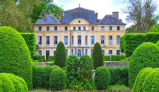 For sale catherine deneuve s chateau de primard in for French country houses for sale