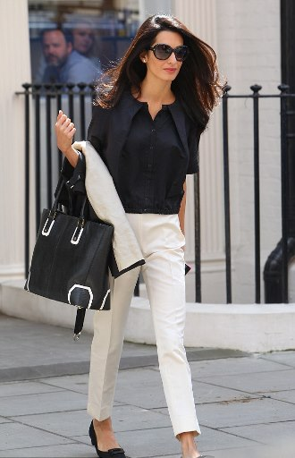 PHOTO: Stylish Amal Alamuddin