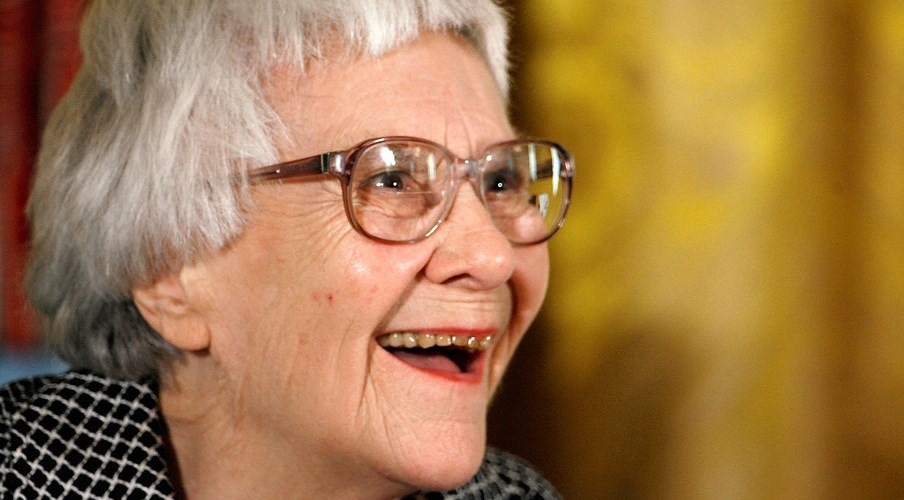 Acclaimed author Harper Lee publishes new book in 2015