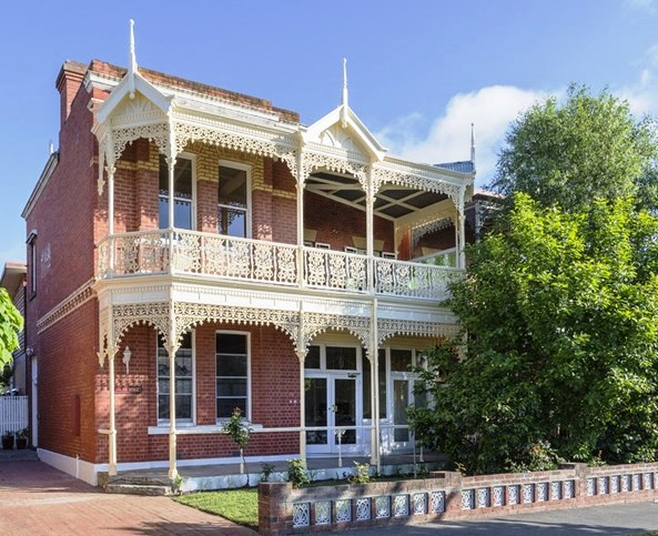 AUSTRALIAN RESIDENTIAL ARCHITECTURE: Pretty homes in Bendigo, Victoria
