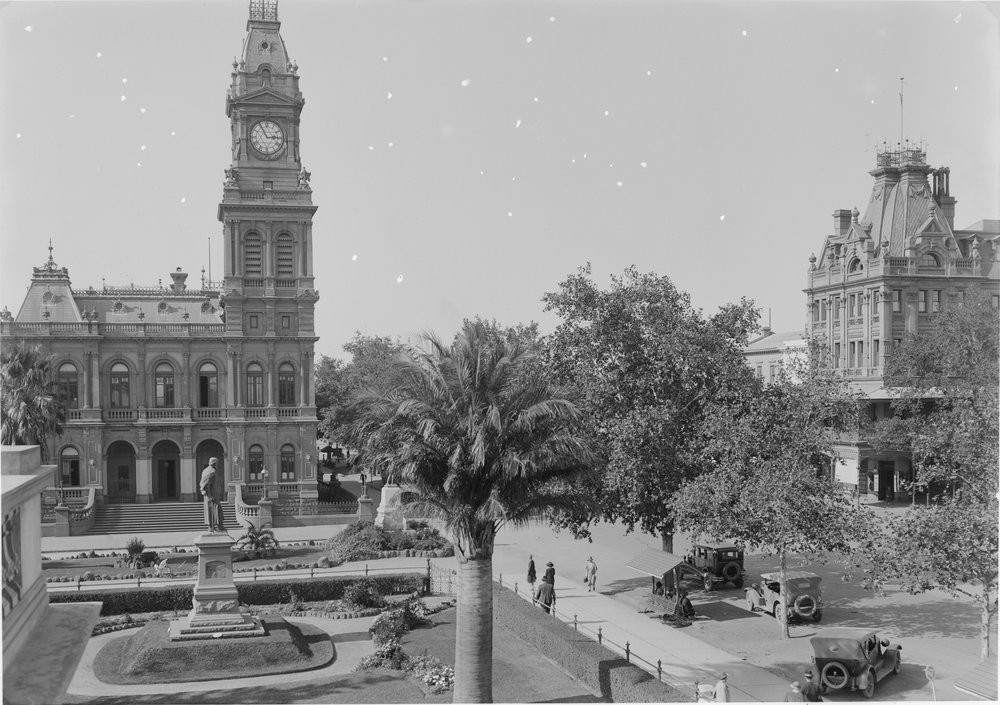 HISTORIC PHOTOS OF BENDIGO: Bendigo historical buildings - Black and white photos