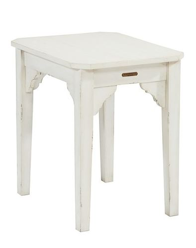 STYLISH HOME: Magnolia Home farmhouse end table
