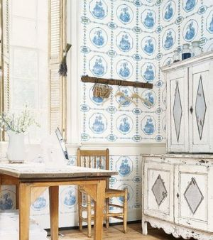Blue and white pictures - Thibaut.jpg