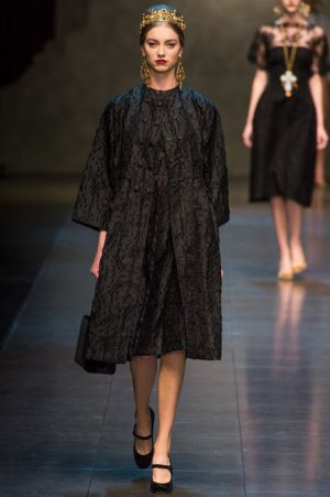 Dolce and Gabbana Fall 2013 RTW collection32.JPG