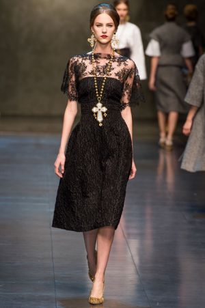 Dolce and Gabbana Fall 2013 RTW collection33.JPG