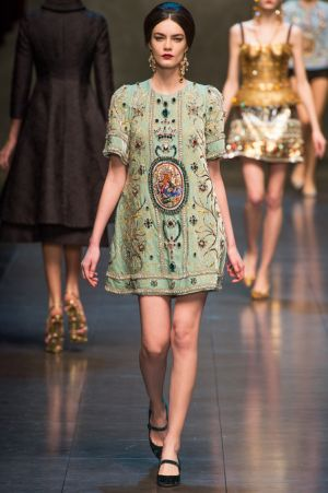 Dolce and Gabbana Fall 2013 RTW collection38.JPG