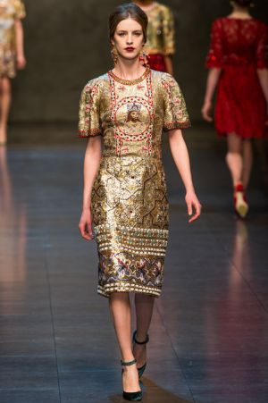 Dolce and Gabbana Fall 2013 RTW collection69.JPG