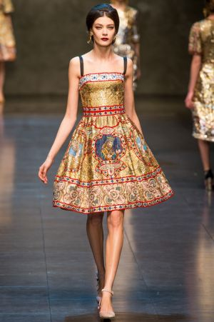 Dolce and Gabbana Fall 2013 RTW collection72.JPG