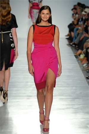 c28-Dresses for plus size - Elena Miro Spring Summer 2012 Ready-To-Wear Collection.jpg