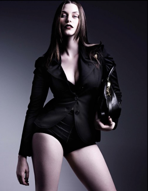 c46-Designer fashion for larger girls - Laura Catterall.png