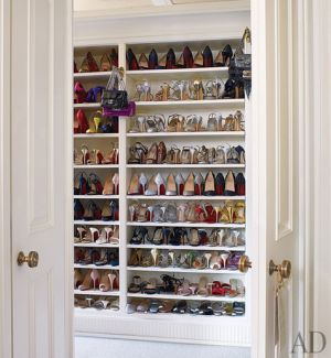 Rich and famous closets - michael-smith-peter-pennoyer-13-closet.jpg