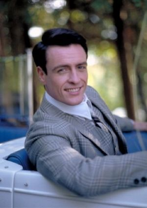 Toby Stephens as Jay Gatsby in The Great Gatsby 2000.jpg