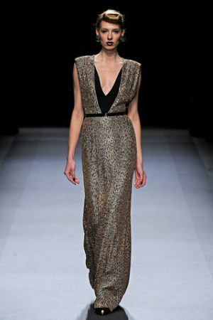 Fashion inspired by history - Jenny Packham Fall 2012 RTW collection.jpg