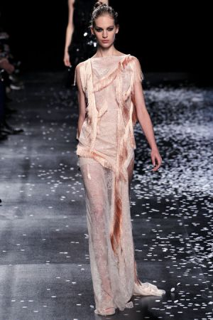 Fashion inspired by history - Nina Ricci Spring 2013 RTW Collection.JPG