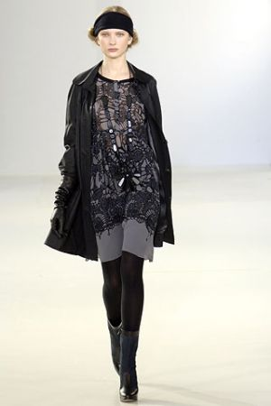 Fashion inspired by the 1920s and 1930s - 2006 fall runway collection from Emma Cook.jpg