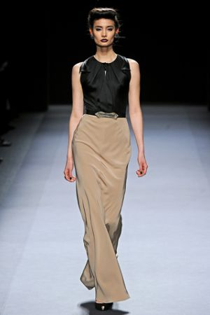 Fashion inspired by the 1920s and 1930s - Jenny Packham Fall 2012 RTW collection.jpg