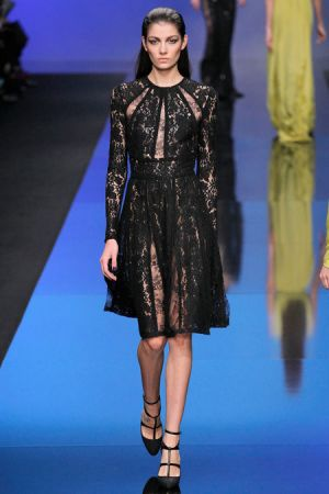 Elie Saab Fall 2013 RTW collection32.JPG