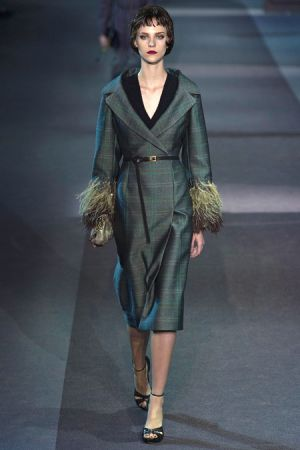 Louis Vuitton Fall 2013 RTW collection40.JPG