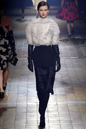Lanvin Fall 2013 RTW collection10.JPG