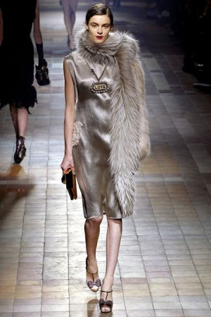 Lanvin Fall 2013 RTW collection14.JPG