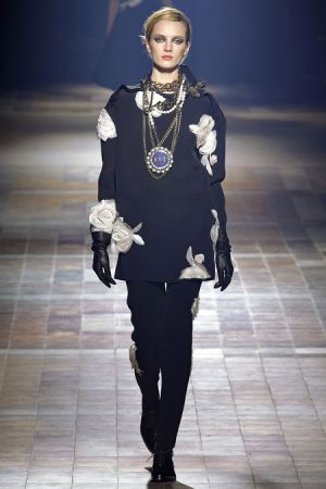 Lanvin Fall 2013 RTW collection2.JPG
