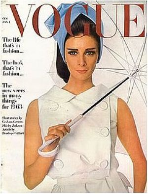 Best 25  Vintage vogue covers ideas on Pinterest | Vogue covers ...