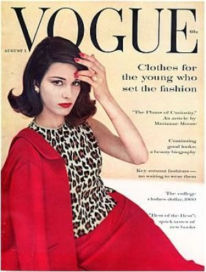 Vintage Vogue magazine covers - mylusciouslife.com - Vintage Vogue August 1960_2.jpg