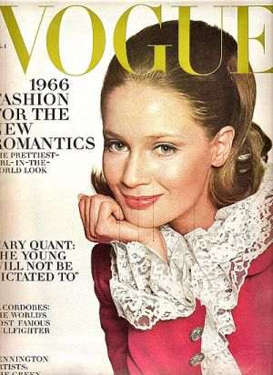 Vintage Vogue magazine covers - mylusciouslife.com - Vintage Vogue August 1966 - Celia Hammond.jpg