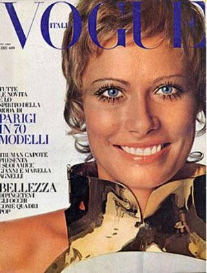 Vintage Vogue magazine covers - wah4mi0ae4yauslife.com - Vintage Vogue Italia October 1969 _-_Susan_Schoenberg.jpg