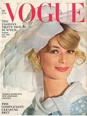 Vintage Vogue magazine covers - mylusciouslife.com - Vintage Vogue June 1964 - Anne de Zogheb.jpg