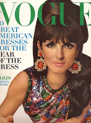 Vintage Vogue magazine covers - mylusciouslife.com - Vintage Vogue March 1966.jpg