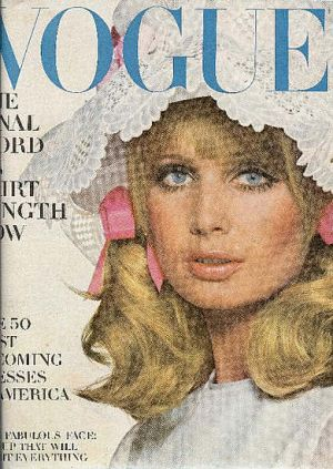 Vintage Vogue magazine covers - mylusciouslife.com - Vintage Vogue March 1968 - Susan Murray2.jpg