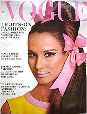 Vintage Vogue magazine covers - mylusciouslife.com - Vintage Vogue November 1965 - Brigitte Bauer.jpg