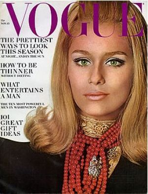 Vintage Vogue magazine covers - mylusciouslife.com - Vintage Vogue November 1966 - Lauren Hutton.jpg